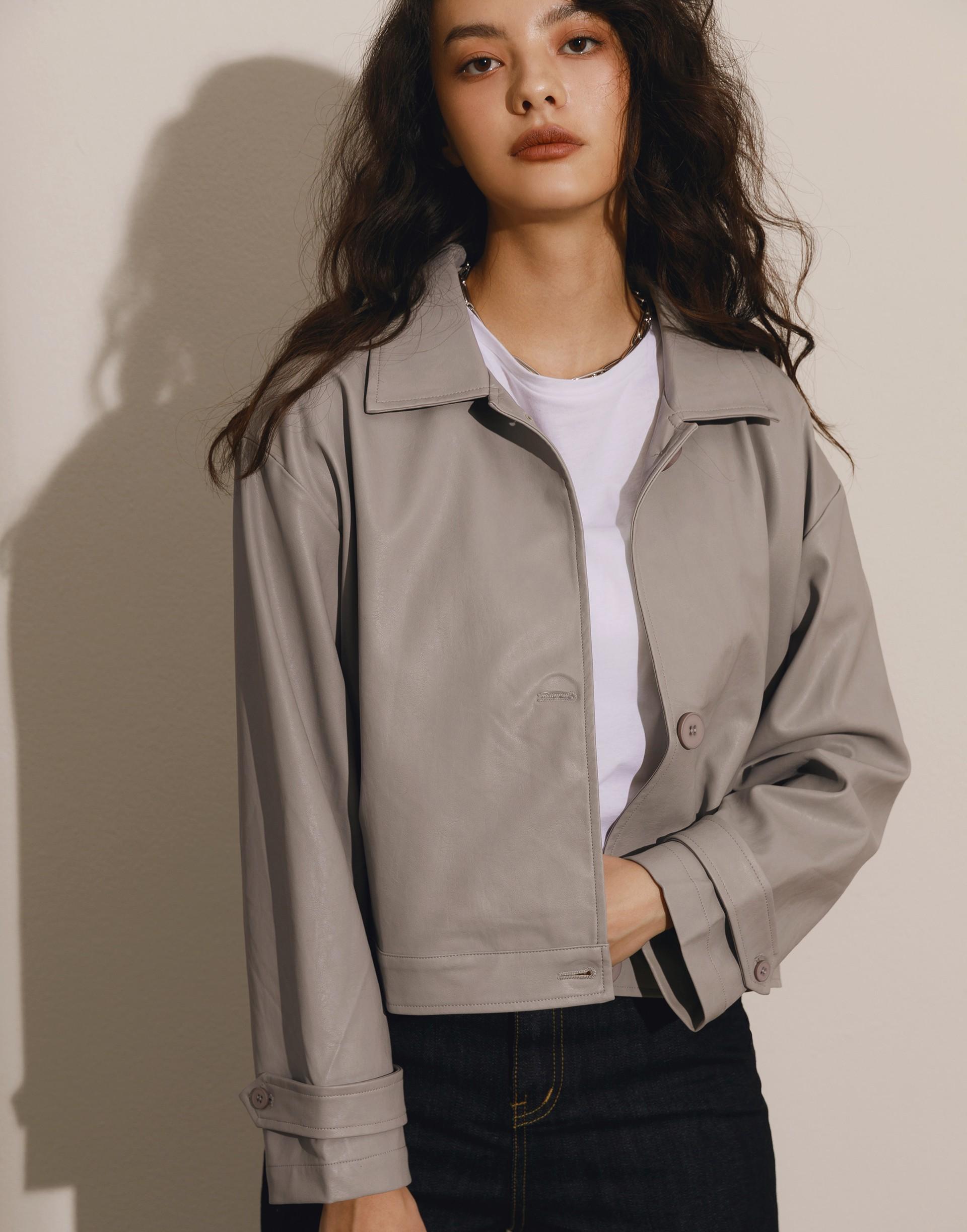 Genquo+簡約質感袖釦皮革外套-女
