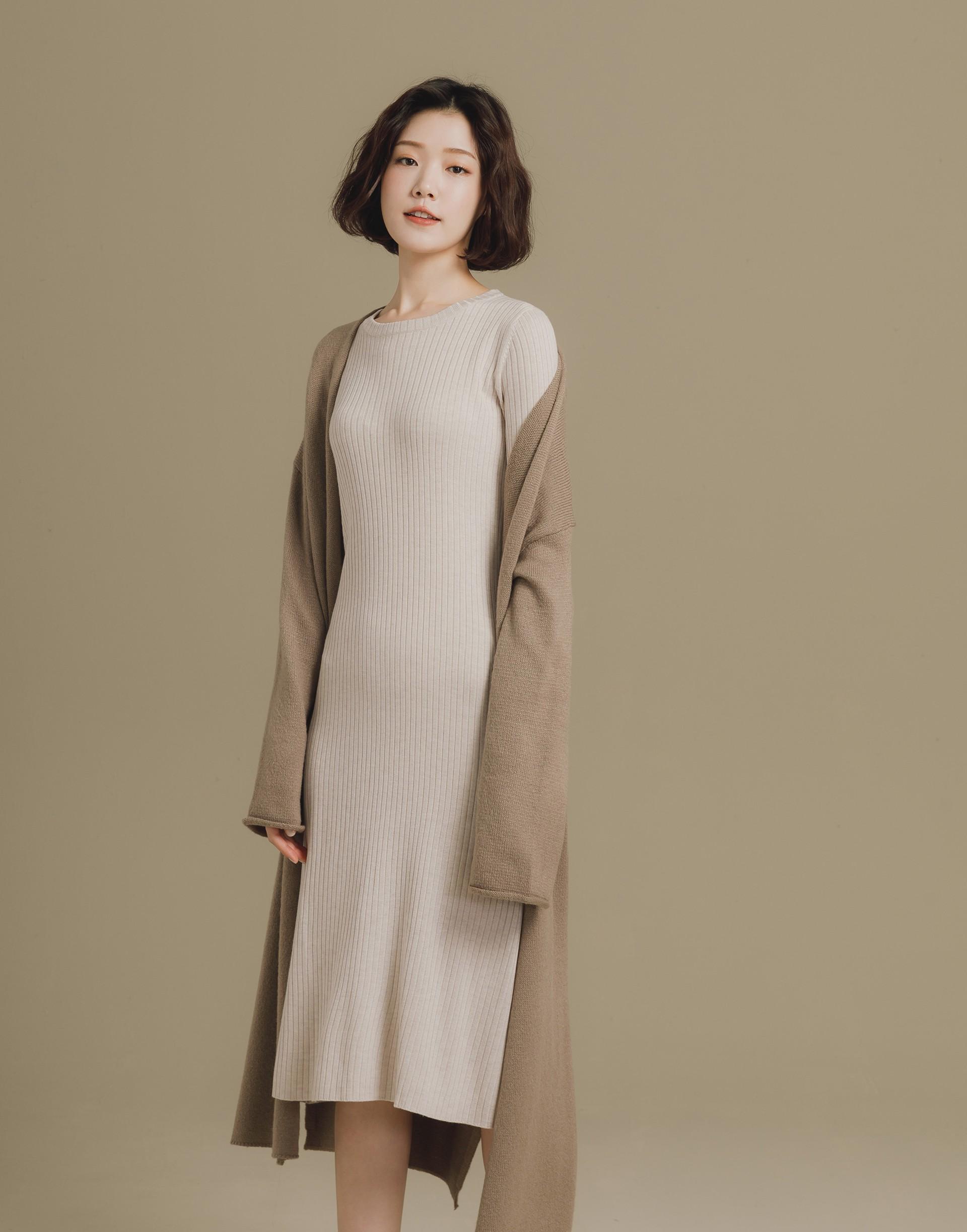 針織寬襬長袖洋裝-女-Genquo